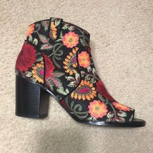 Beautiful floral embroidered bootie